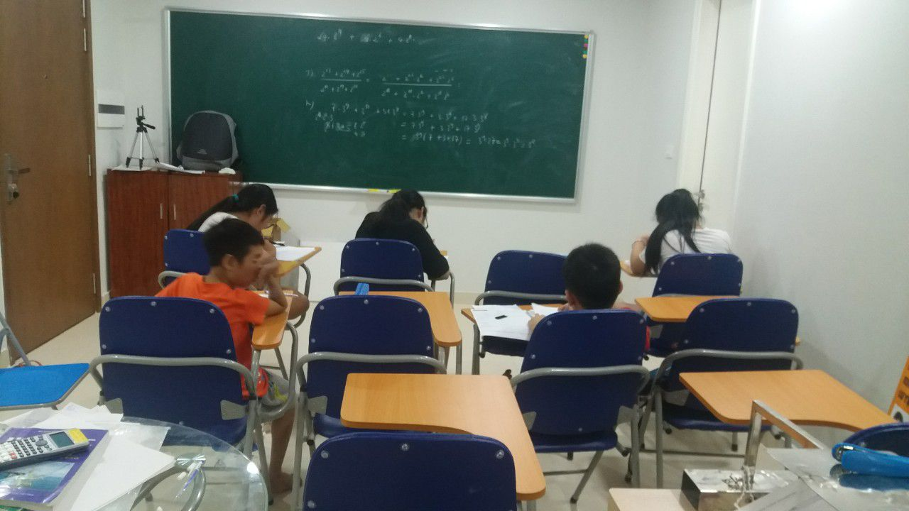 lớp học toán, lớp học thêm toán